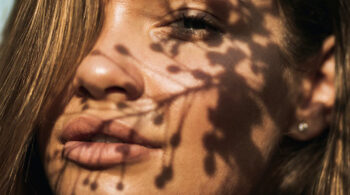 Las mejores bases de maquillaje antiedad