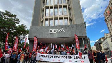 Los empleados de BBVA se concentran en las sedes contra el ERE
