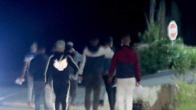 Al otro lado de la frontera: grupos de jóvenes se desplazan desde Tánger para cruzar a Ceuta