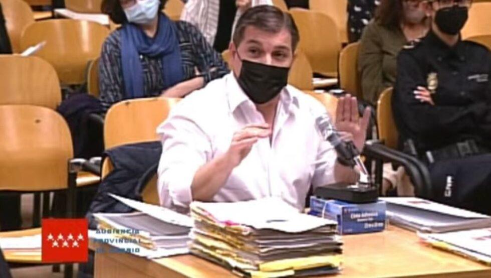 César Román Viruete, conocido como el Rey del Cachopo, declara en la Audiencia Provincial de Madrid.
