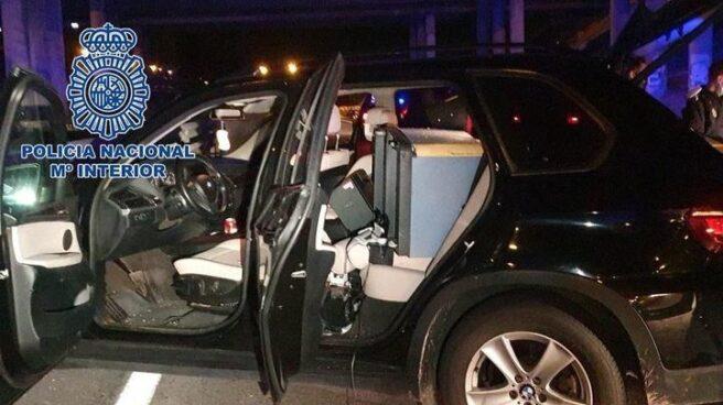 Un coche de los aluniceros detenidos.