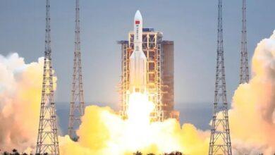 Rastrean un cohete chino fuera de control que regresa a la Tierra