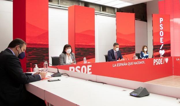 Imagen de la última permanente socialista en Ferraz, el pasado día 17
