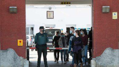 Contagiados 15 de los 18 integrantes de un grupo de la Guardia Civil en Barcelona no vacunado