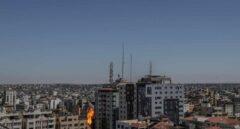 Vídeo: Israel derriba el edificio desde el que operaban Al Jazeera y Associated Press en Gaza