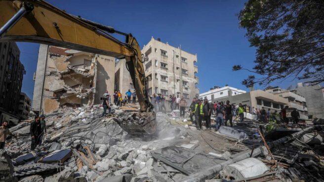 Edificio derribado en Gaza tras un bombardeo israelí.