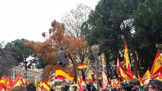 Asistentes a la manifestación de la plaza de Colón de febrero de 2019.