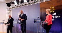 El primer ministro portugués, Antonio Costa, (i); la presidenta de la Comisión Europea, Ursula von der Leyen, y el presidente del Consejo Europeo, Charles Michel