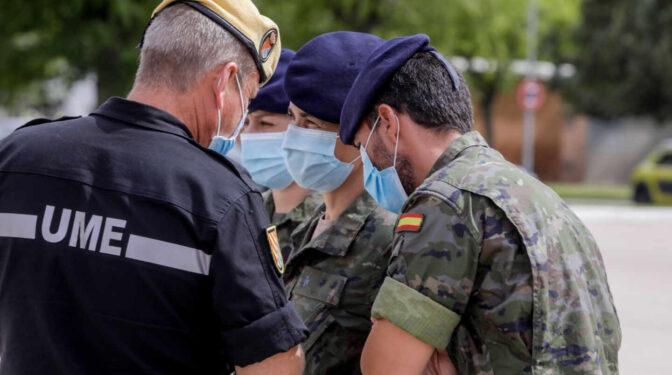 El Gobierno cifra en al menos 1.964 los militares contagiados por coronavirus