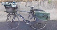 Detenido en la M-30 un ciclista con auriculares que transportaba patos