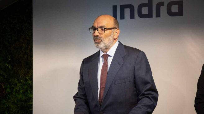 El presidente de Indra, Fernando Abril – Martorell durante la linauguración de un centro tecnológico en la localidad barcelonesa de Sant Joan Despí.