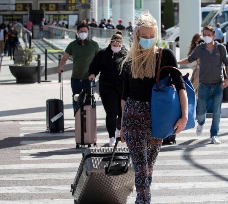 Baleares culpa a Madrid y al País Vasco de no recibir turistas británicos