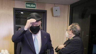 La Fiscalía apunta como cooperadores a los mandos que permitieron a Villarejo su doble actividad