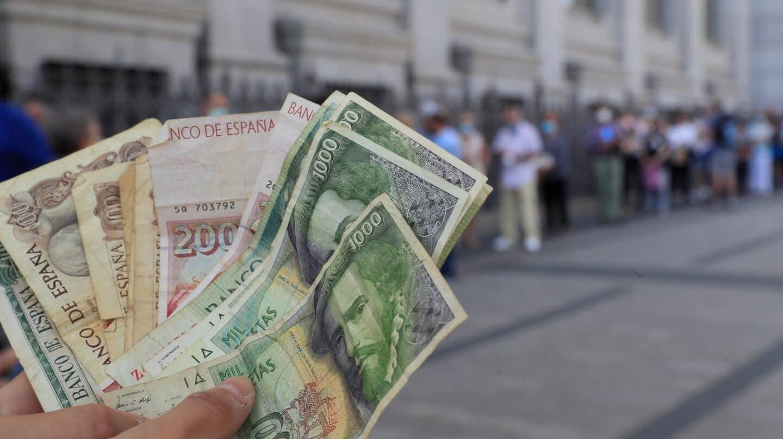 Maletas llenas colapsan el BdE: el equivalente a 1.500 millones de euros quedará sin cambiar