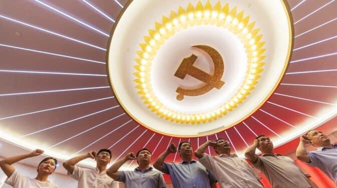 Del fundador Mao a Xi superstar: cien años del Partido Comunista de China