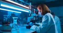 Los avances del fármaco contra la dermatitis de Almirall impulsan su subida en bolsa