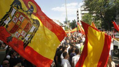 Dos sancionados con 4.000 euros por exhibir banderas franquistas en una manifestación en Valencia
