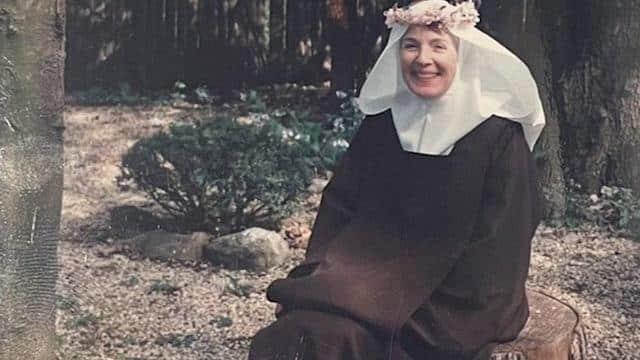 Ann Rusell, la millonaria que se hizo monja a los 60 años