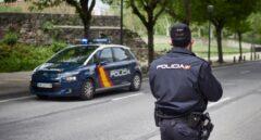 Un anciano agrede a su mujer con un martillo en la cabeza en Madrid