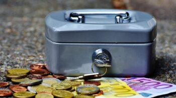 Los españoles ahorraron en el primer trimestre un 165% más que el año pasado