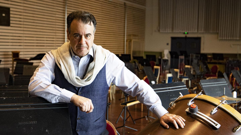 El barítono Carlos Álvarez posa en una de las salas de ensayo del Teatro Real