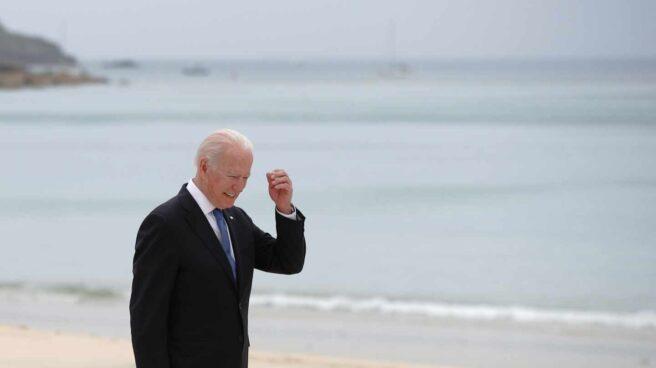 Joe Biden, en la playa de Carbis Bay, en Cornualles