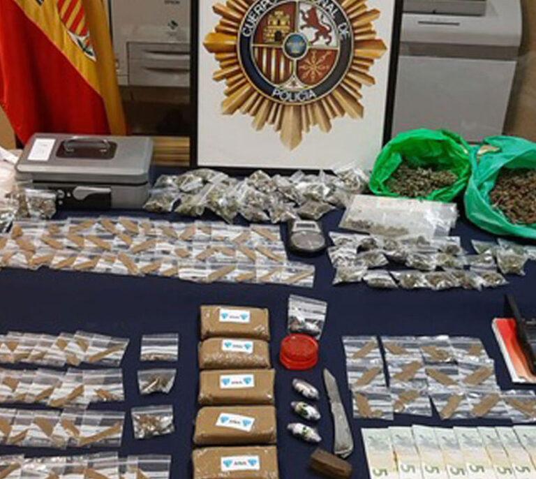 Desmantelado un piso en Orcasitas donde decenas de jóvenes hacían cola para comprar droga