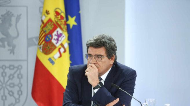 El ministro de Inclusión, Seguridad Social y Migraciones, José Luis Escrivá, comparece en una rueda de prensa.