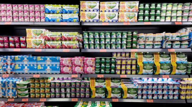 Sección de yogures y lácteos en un supermercado de Madrid.