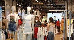 El comercio textil perdió 7.400 millones en ventas y 26.700 trabajadores en 2020