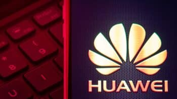 El Gobierno, molesto por la decisión de las 'telecos' de excluir a Huawei del 5G