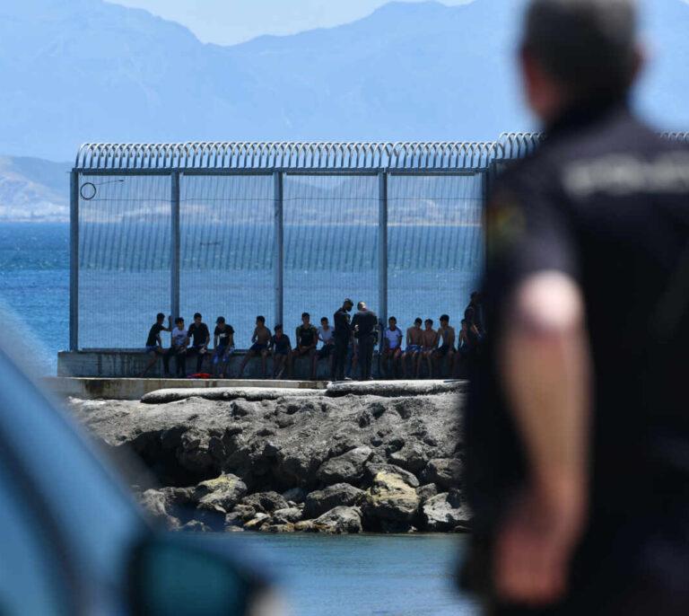 La Eurocámara denuncia que Marruecos use la migración para presionar políticamente a España