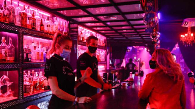 Barra de un bar en Sitges.