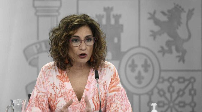 "Montero acusa a Díaz Ayuso de hacer ""populismo fiscal"""