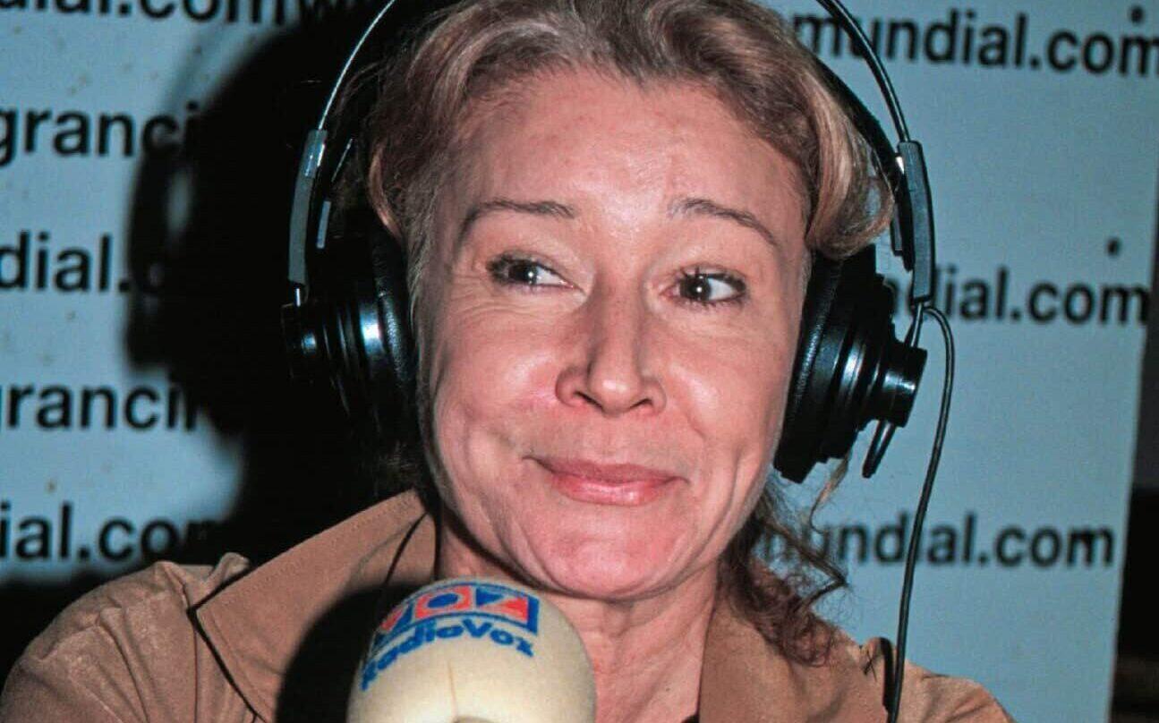 Imagen de archivo de Mila Ximénez en un estudio de radio regional