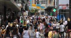 La incidencia crece hasta 117 por una subida de 35 puntos en Cataluña y los brotes entre jóvenes