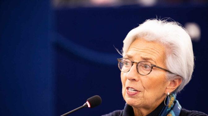 El BCE estima que la recuperación de la eurozona llegará un trimestre antes de lo esperado