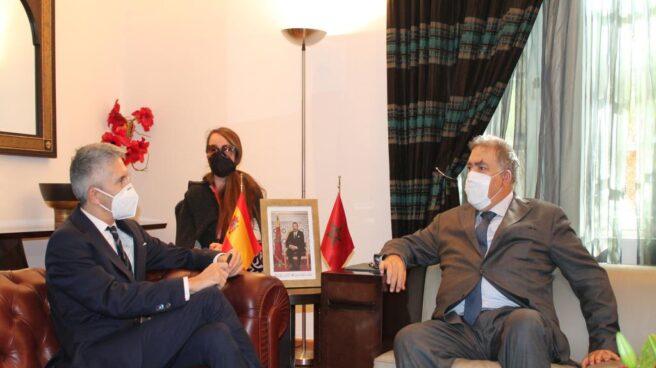 Grande-Marlaska y su homólogo marroquí, Abdelouafi Laftit, en un encuentro en Rabat el pasado mes de noviembre.