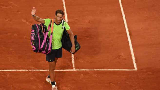 Nadal abandona la pista central de Roland Garros tras caer en semifinales