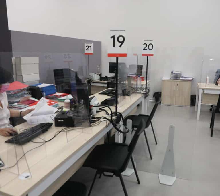 El Banco de España pronostica que el paro será menor en 2022 que antes de la pandemia