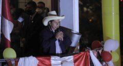 Pedro Castillo se proclama vencedor en Perú tras un agónico recuento