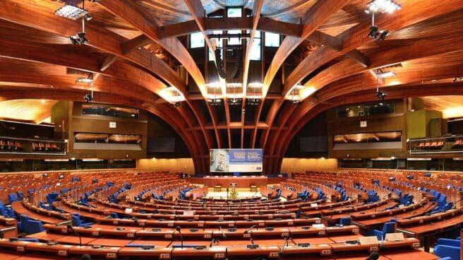 Cámara de plenos del Consejo de Europa.