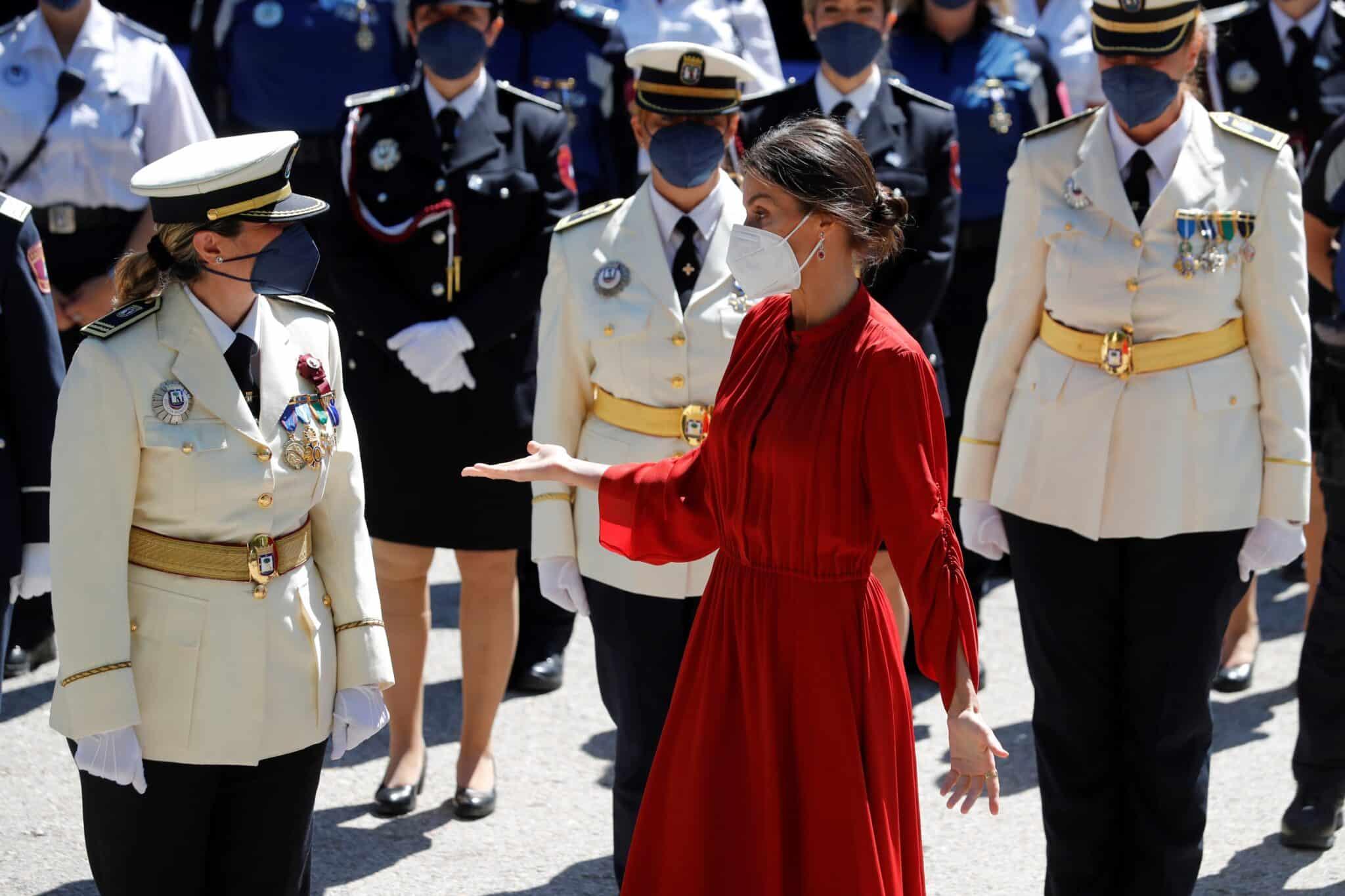Letizia, vestida de Ferragamo