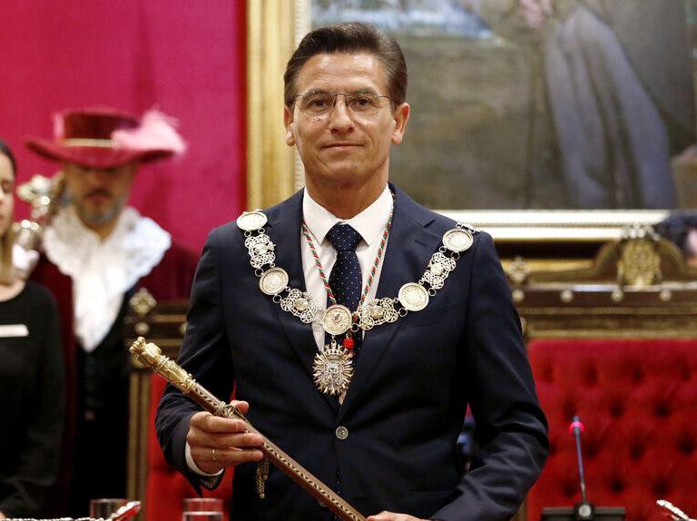 El PP abandona el gobierno de coalición con Cs en el Ayuntamiento de Granada