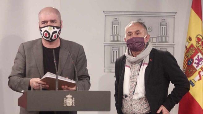 El secretario general de CCOO, Unai Sordo, y el secretario general de UGT, Pepe Álvarez