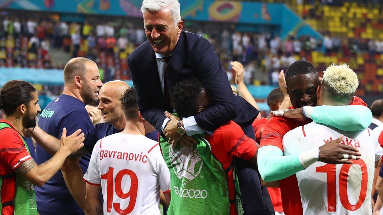 Los secretos balcánicos del entrenador de Suiza que amenaza a España