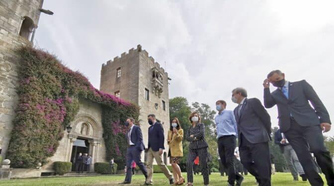 """Calvo pide en Meirás gestionar el pazo de forma """"leal y eficiente para narrar de forma fidedigna la historia"""""""