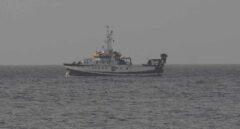 El buque Ángeles Alvariño que busca a Anna y a su padre vuelve a puerto tras 13 días de rastreo