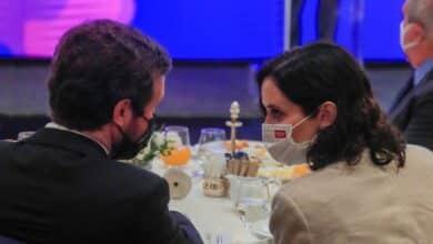 """Tensión en el PP con el """"verso suelto"""" de Ayuso: """"La izquierda se frota las manos"""""""