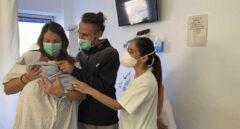 Chiara Luna, nacida en Málaga durante las campanadas, fue uno de los primeros bebés de 2021.